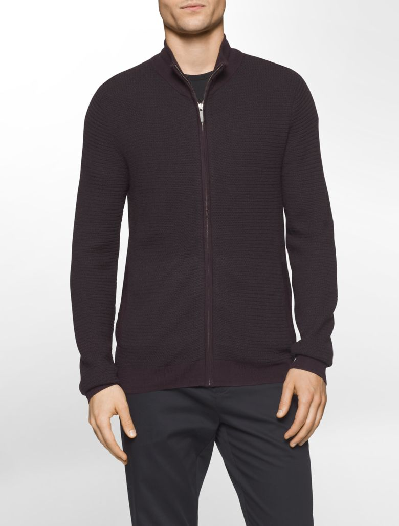 Layer for cooler fall and winter weather with these handsome wool quarter-zip sweaters for men. We use the finest merino wool available to create a soft, warm jersey-knit sweater that doesn't add unnecessary weight or bulk.