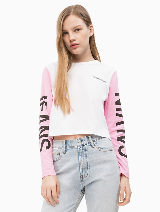 2dff185a3d0e Institutional Logo Cropped Long Sleeve Tee | Calvin Klein