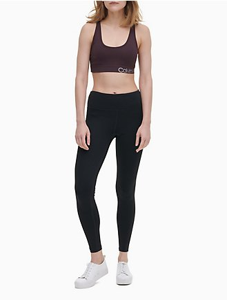 b441b01f05 Performance Logo Criss-Cross Sports Bra