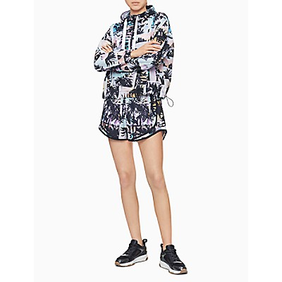 Performance Printed Piped Pull-On Shorts