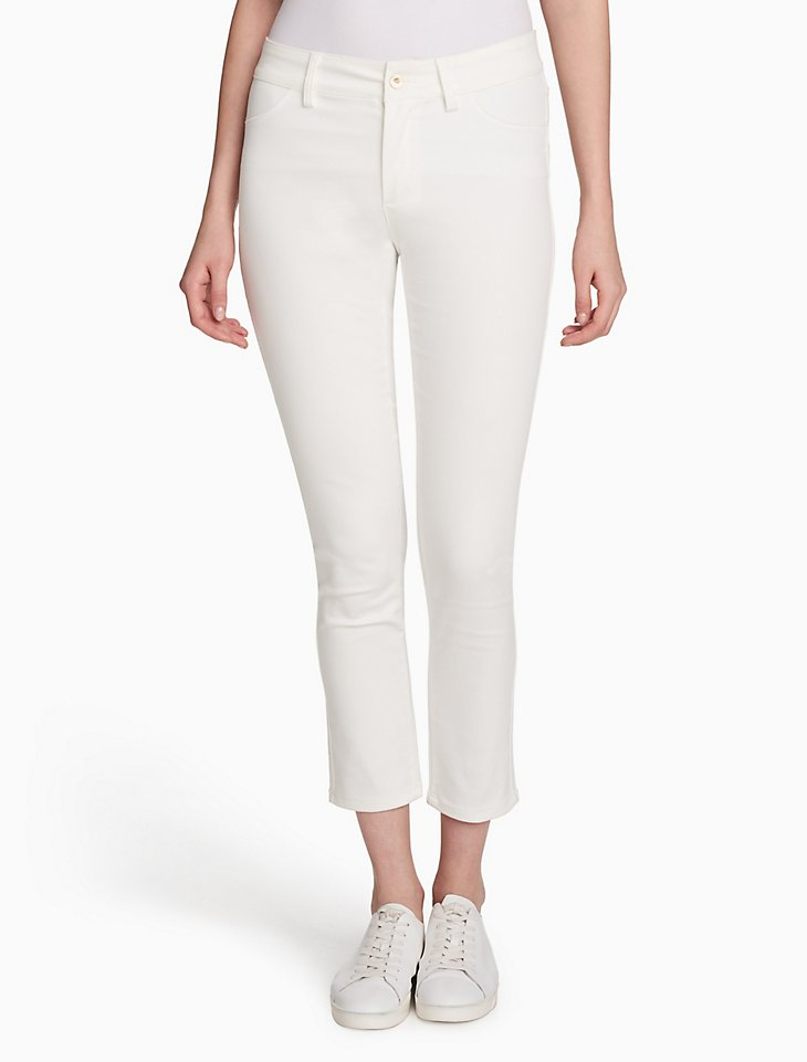 Calvin Klein Women Compression 4 Pocket Cropped Leggings