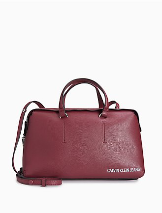 12e3c38321 Women's Designer Handbags: Clutches, Totes, Crossbody | Calvin Klein