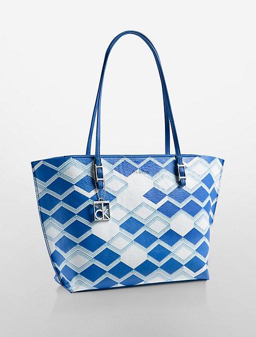 foto de hailey geometric shopper tote   Calvin Klein