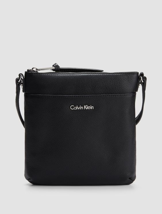 Aal cross body tashe - aus zweiter Hand Calvin Klein