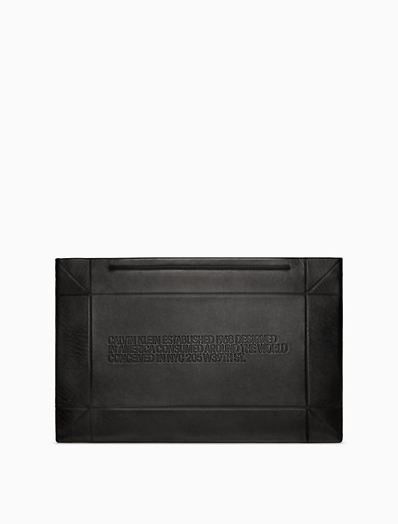 Buy Cheap Best Prices Buy Online New Calvin Klein 205W39nyc embossed geometric clutch Outlet Collections Buy Cheap Footlocker Finishline Cheap Sale For Cheap Rjsyff56G