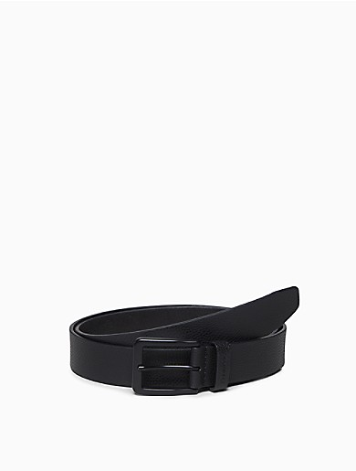 Designed with black polished hardware, this sleek belt features modern styling with a square buckle, an adjustable post closure, a logo keeper loop and a textured body.
