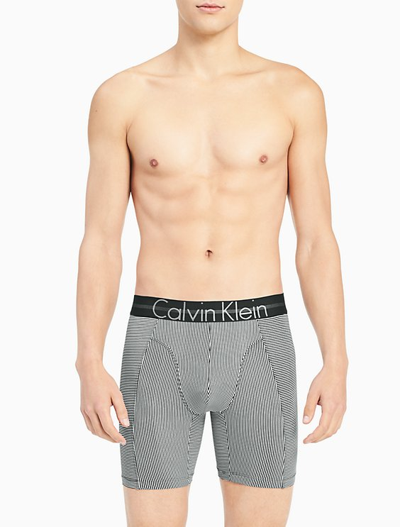 Boxers - Focused Fit Calvin Klein Outlet Fashion Style Cheap New Browse With Mastercard EkeAtmEc