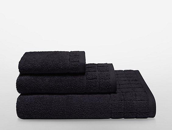 29b9caf238 sculpted grid bath towel in midnight
