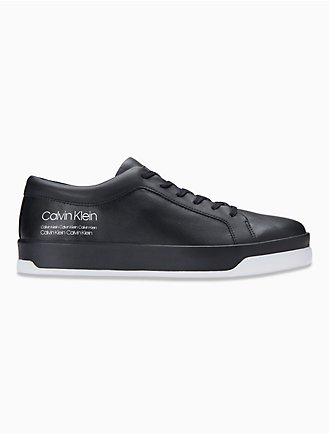 online retailer 86dd4 bcd46 Faustino Leather Sneaker