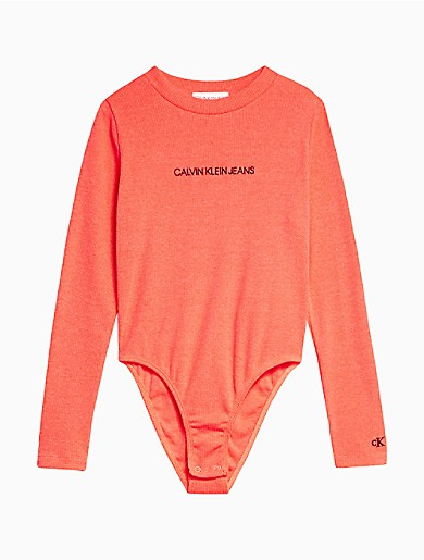 A signature girls bodysuit, designed with iconic logo printing across the front. Finished with a crewneck, snap closures and ribbed fabric.