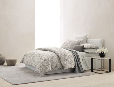 Ordinaire Nocturnal Blossoms Bedding Collection